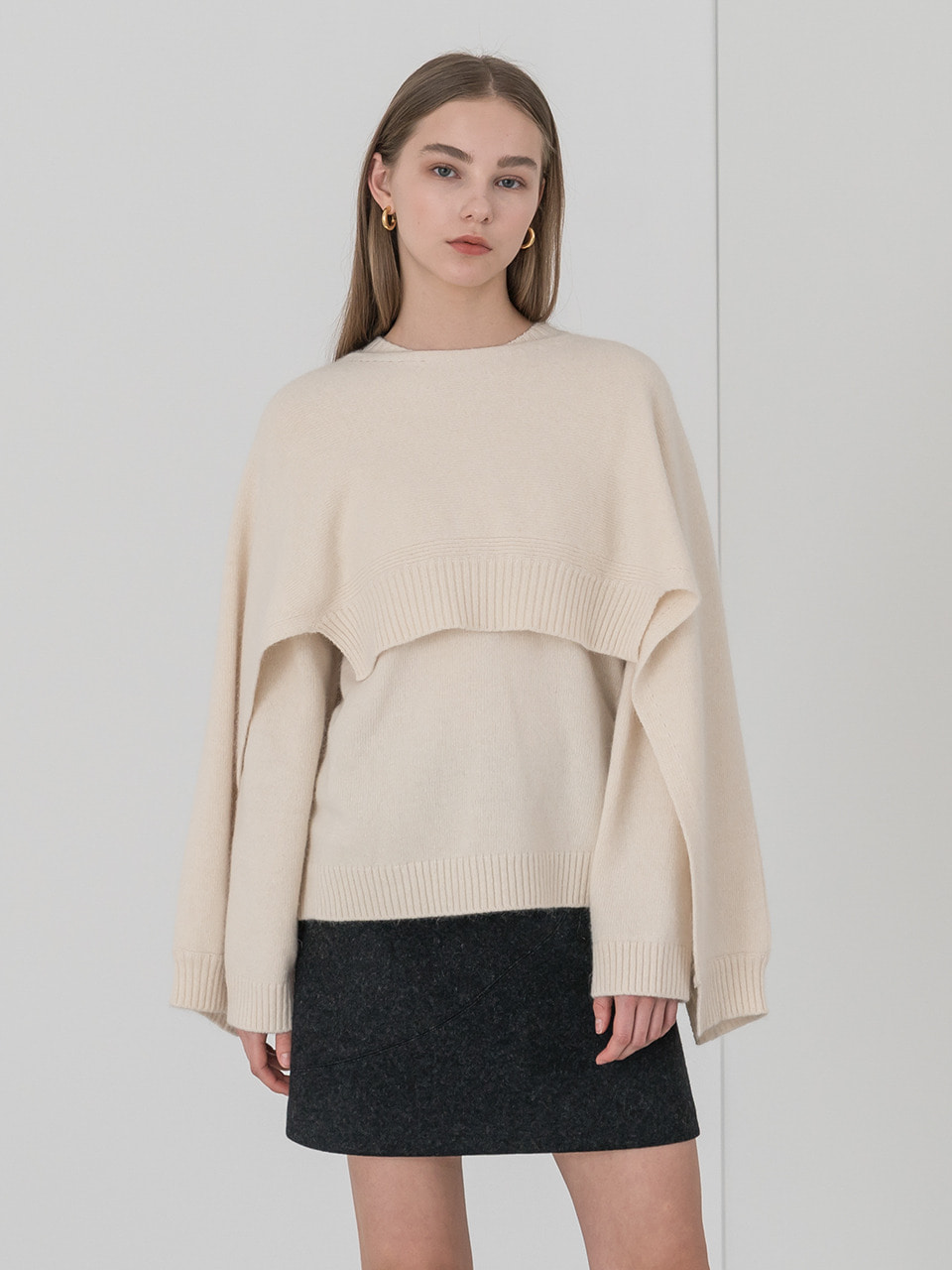 Cache layered wool knit in ivory [cape set]